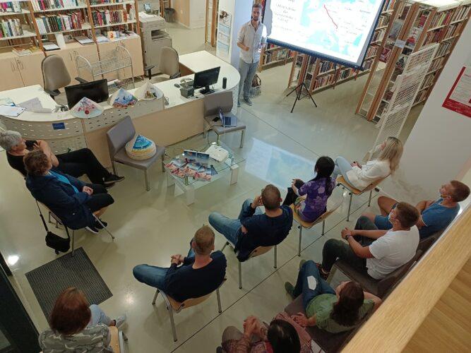 """""""Putovanje u Međuzemlje"""": Kristić u knjižnici predstavio svoja putovanja Iranom, Indijom, Mianmarom, Nepalom…"""